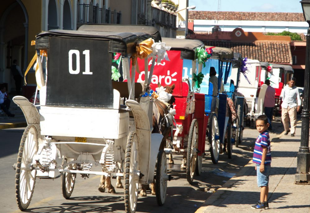 Escape_travel_Nicaragua_Granada_rickshaws