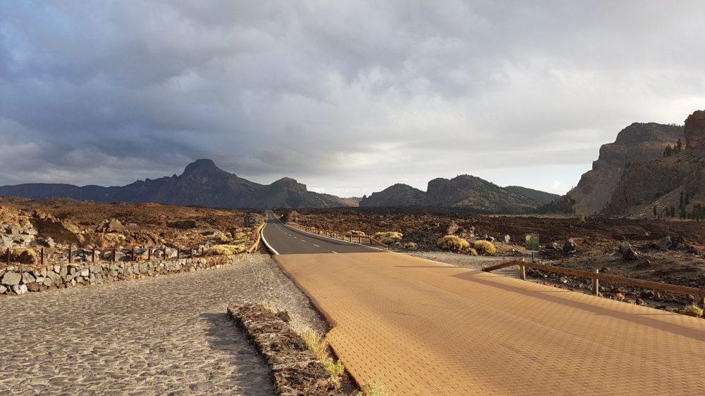Hiking in Tenerife _ Teide Ntional Park