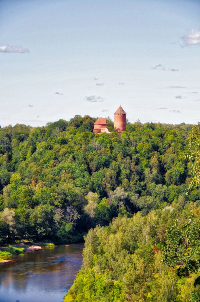 Places to visit in Latvia_Turaida castle in Gauja National Park_Escperies